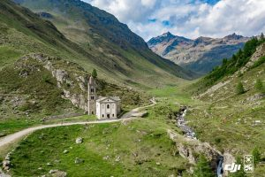Val-Grosina-nei-pressi-del-rifugio-Malghera